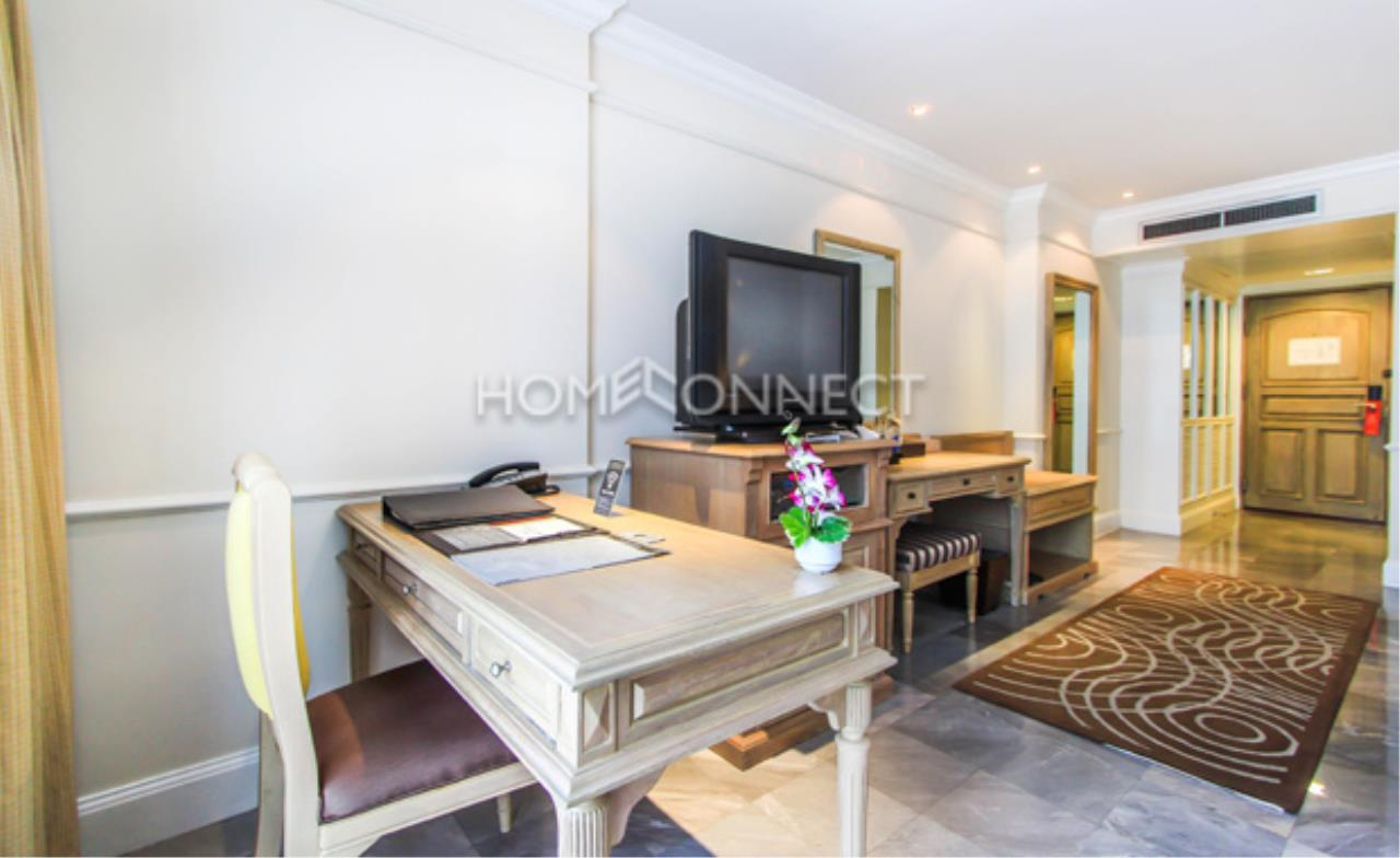 Home Connect Thailand Agency's Queen's Park Tower Condominium for Rent 3