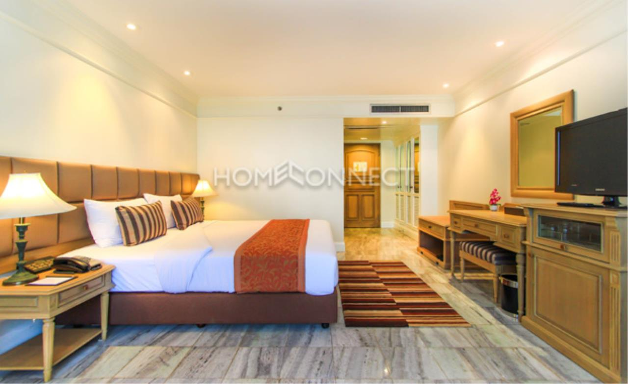 Home Connect Thailand Agency's Queen's Park Tower Condominium for Rent 5