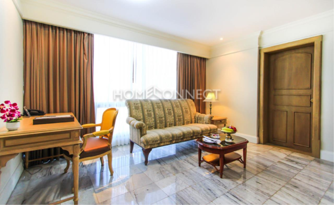 Home Connect Thailand Agency's Queen's Park Tower Condominium for Rent 1