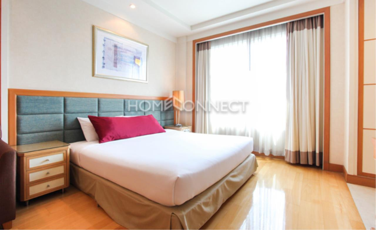 Home Connect Thailand Agency's Jasmine Executive Suites Apartment for Rent 6