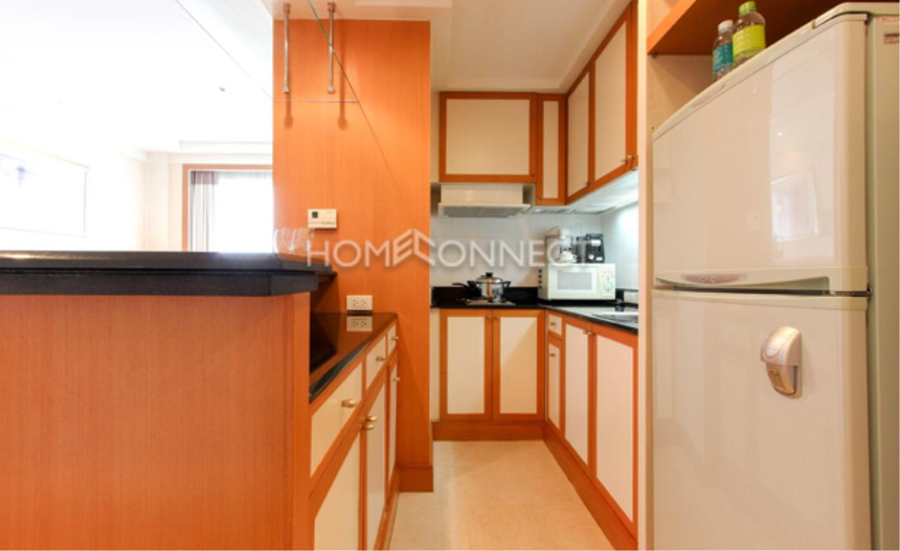 Home Connect Thailand Agency's Jasmine Executive Suites Apartment for Rent 3
