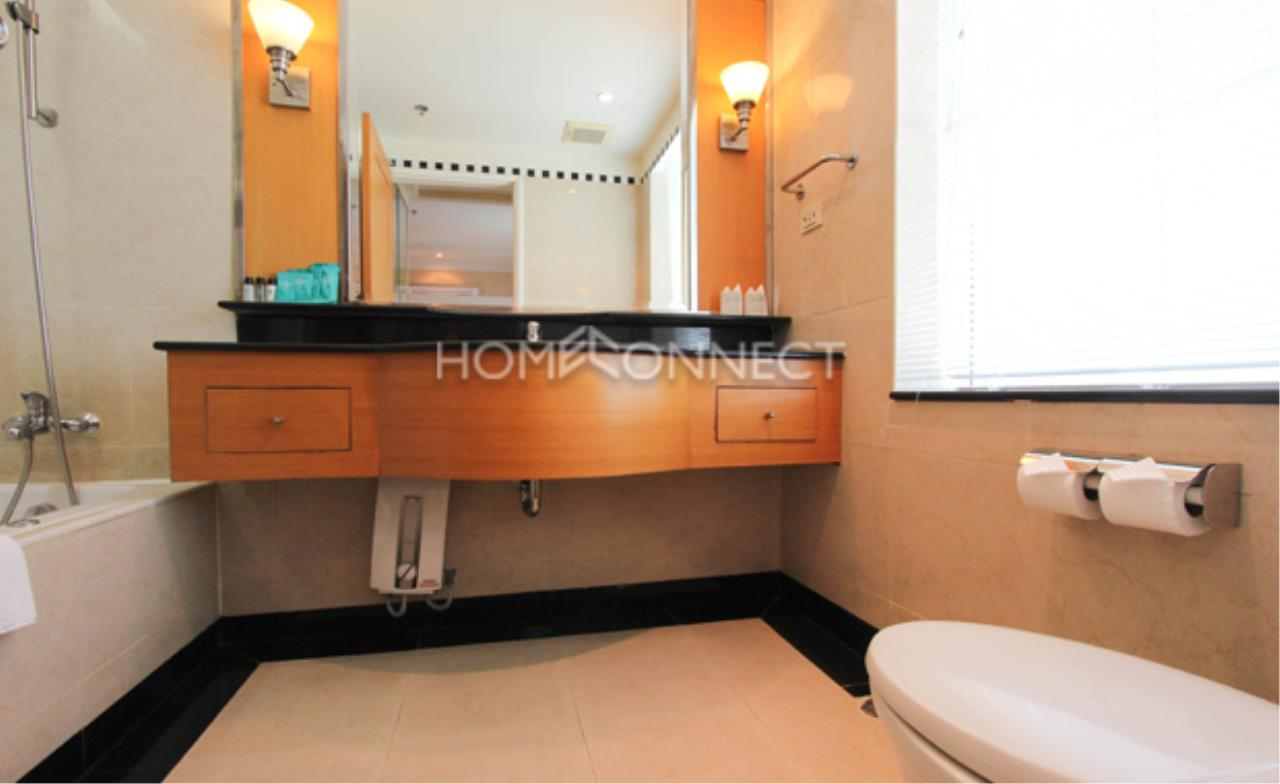 Home Connect Thailand Agency's Jasmine Executive Suites Apartment for Rent 2