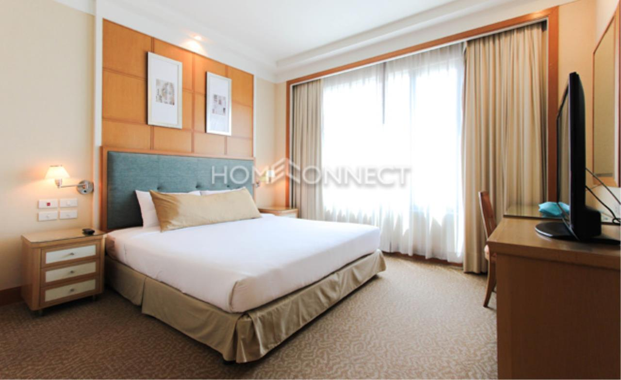 Home Connect Thailand Agency's Jasmine Executive Suites Apartment for Rent 11