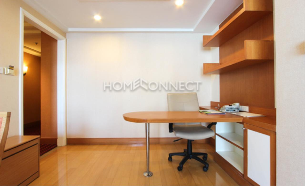 Home Connect Thailand Agency's Jasmine Executive Suites Apartment for Rent 7