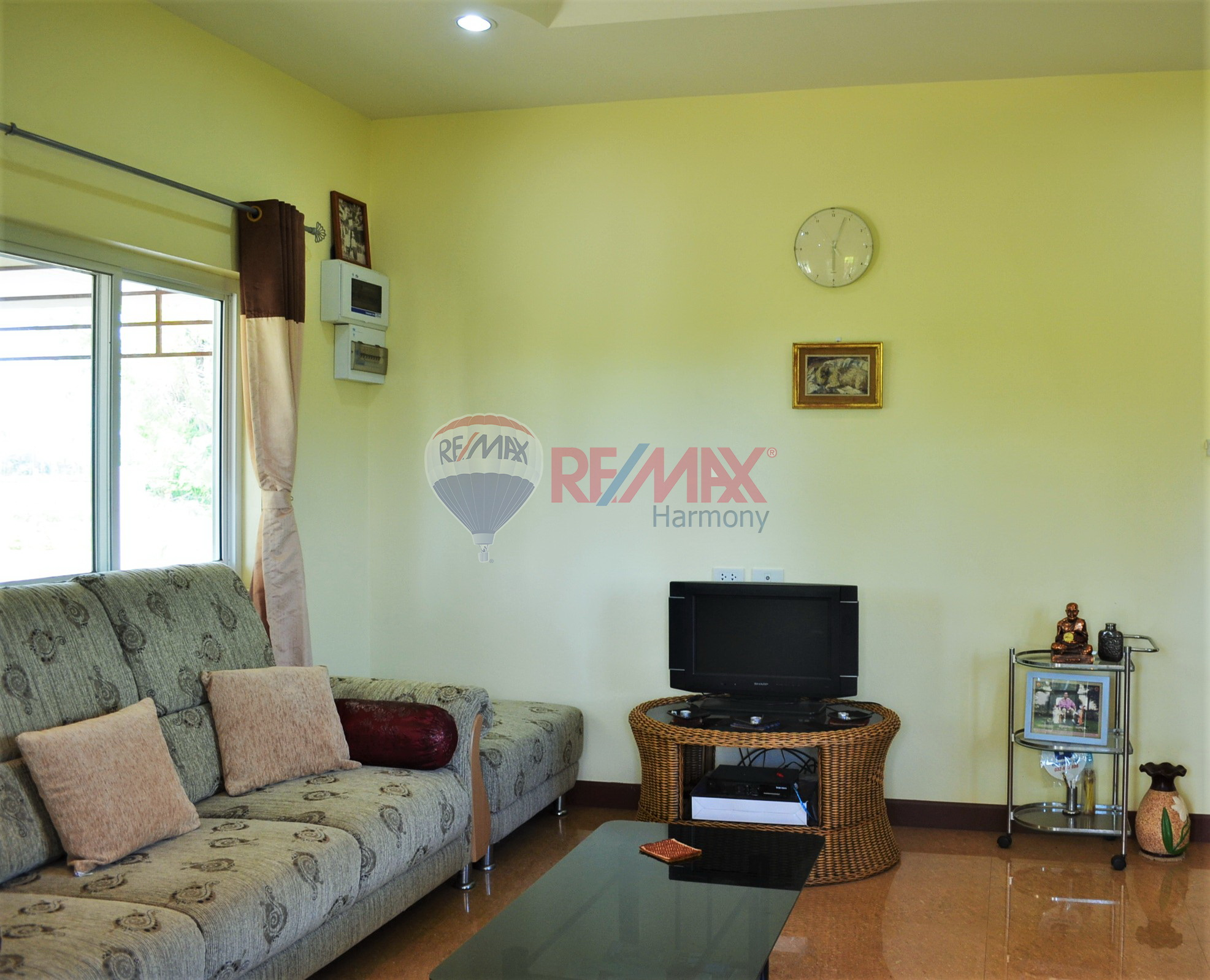 RE/MAX Harmony Agency's TROPICAL LIFESTYLE LIVING 21