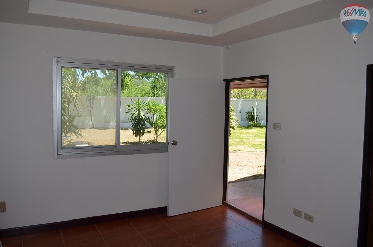 RE/MAX Harmony Agency's  2 story Villa with 2 bangalow 4