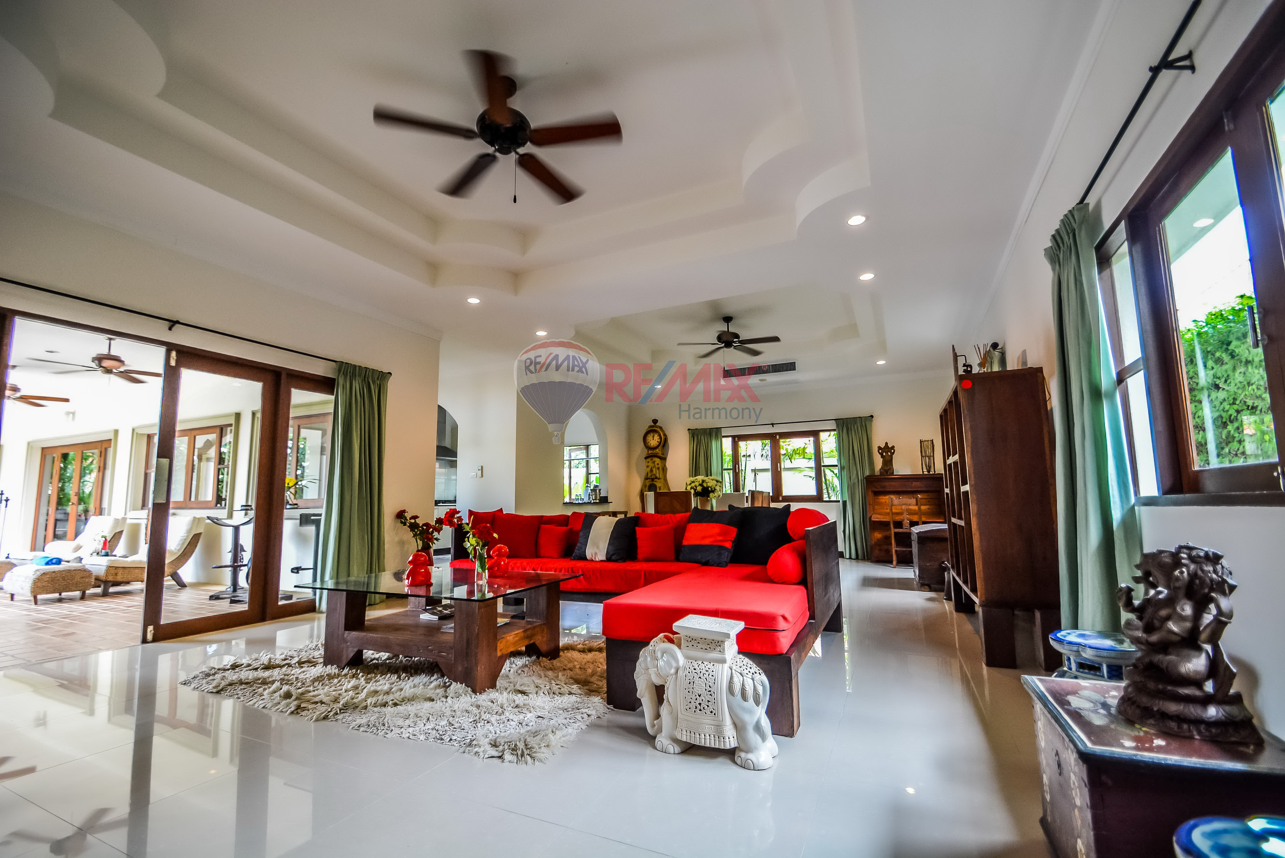 RE/MAX Harmony Agency's Luxury Pool Villa 5