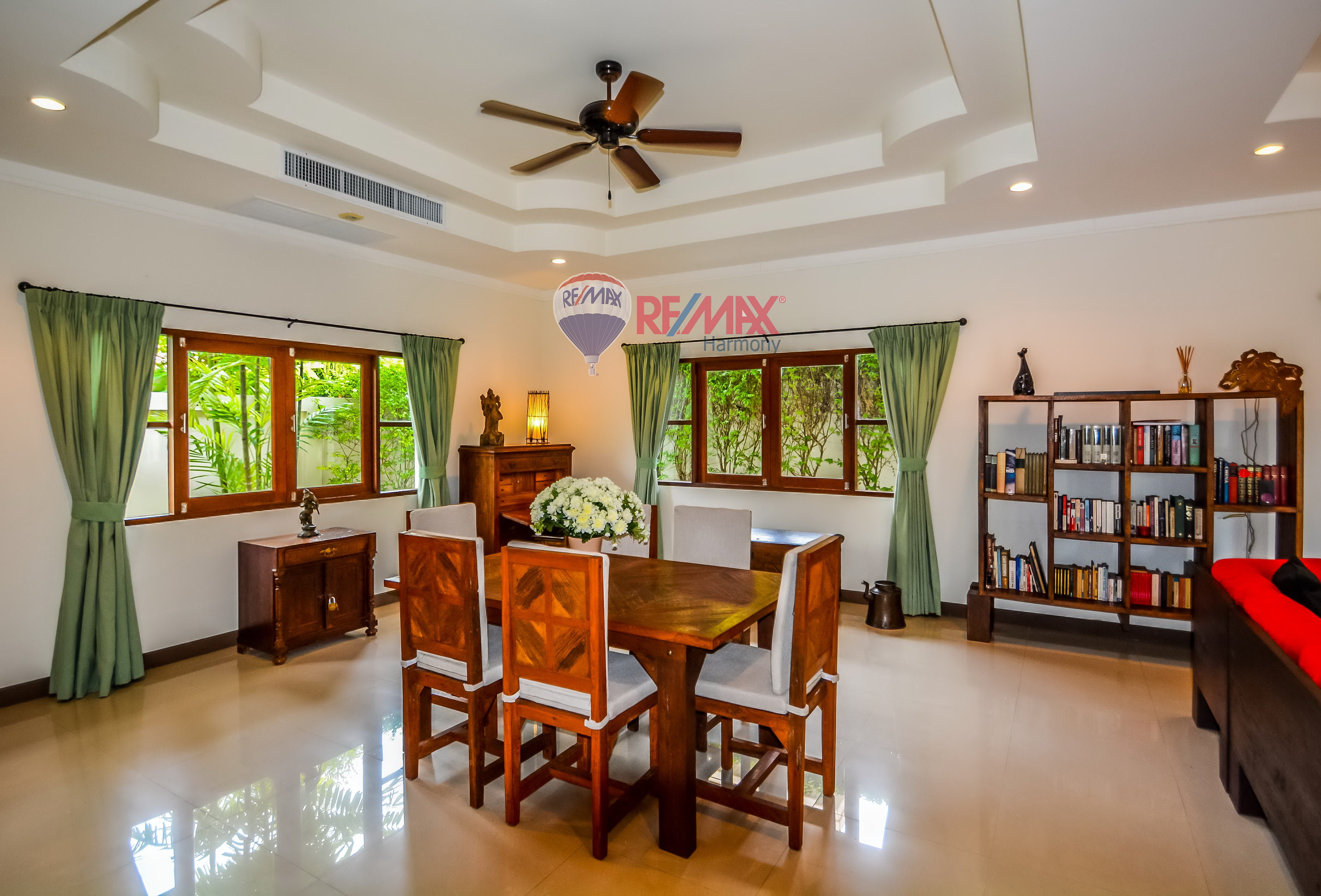 RE/MAX Harmony Agency's Luxury Pool Villa 7