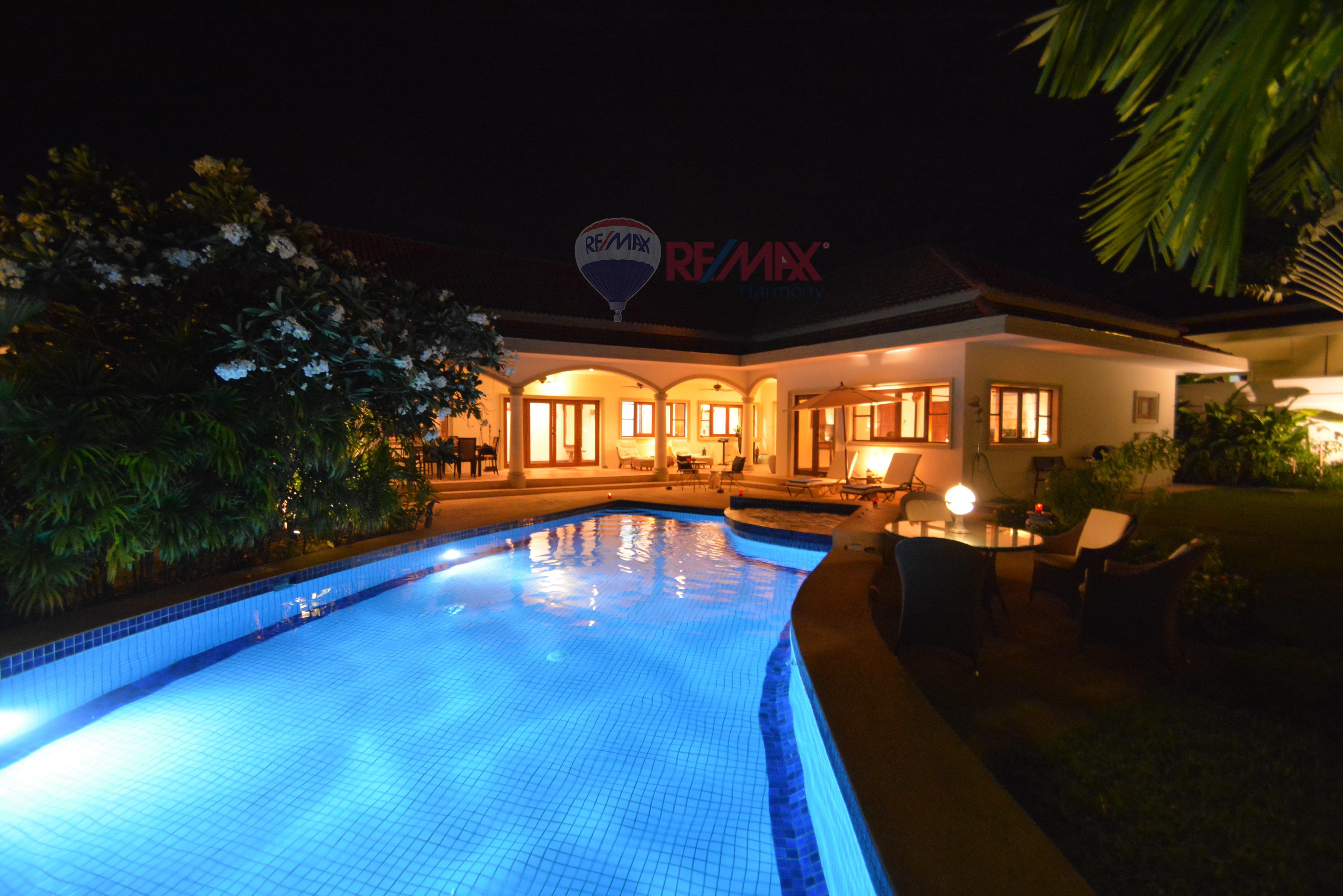 RE/MAX Harmony Agency's Luxury Pool Villa 16