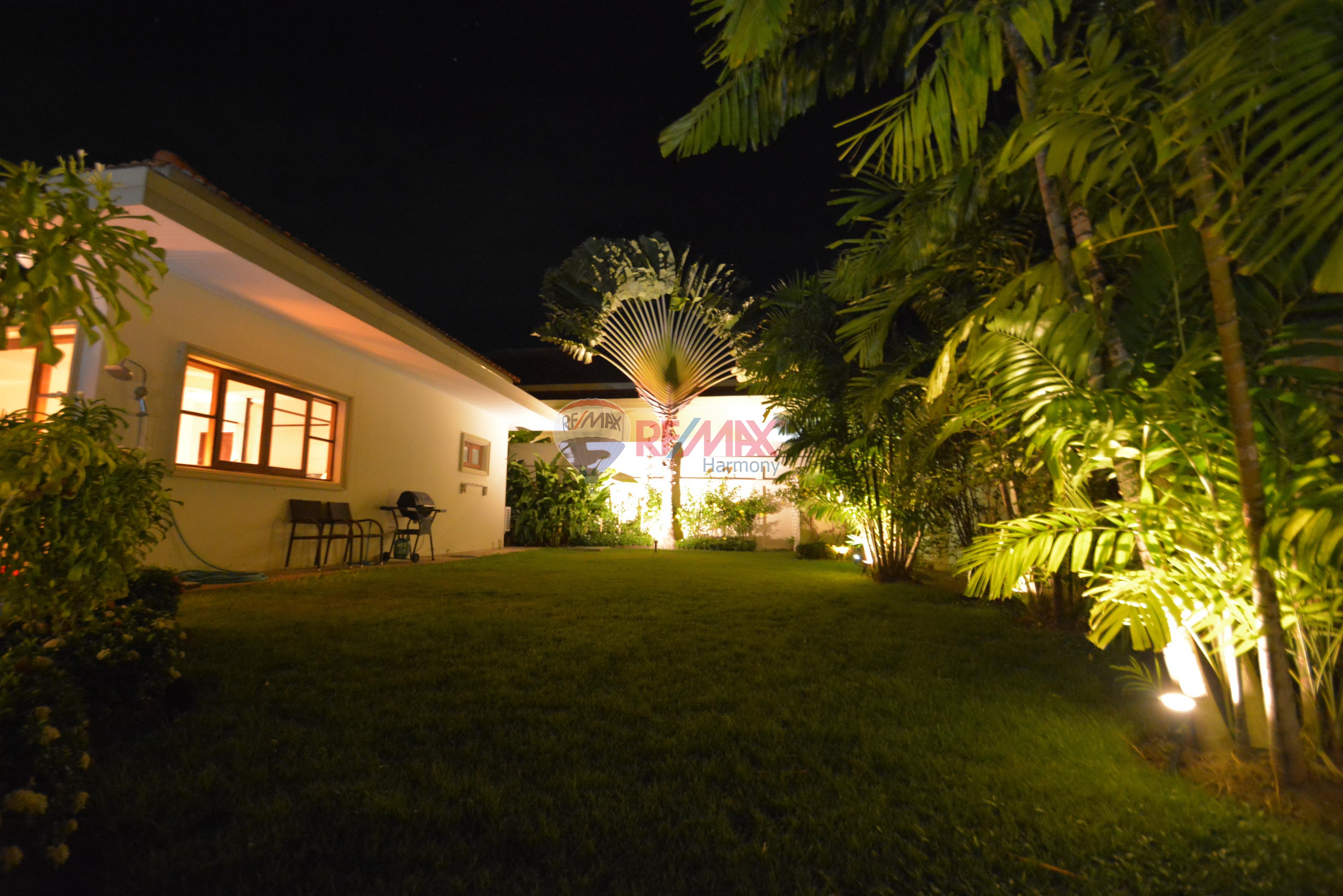 RE/MAX Harmony Agency's Luxury Pool Villa 17