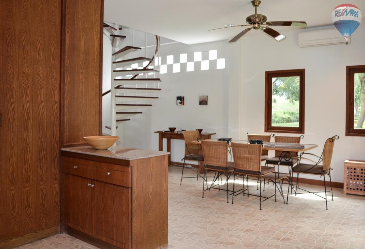 RE/MAX Harmony Agency's Villa Countryside.     4