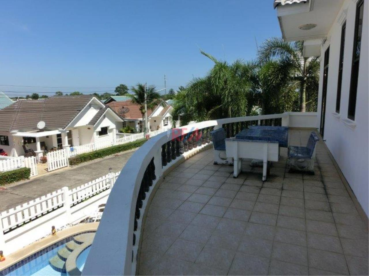 RE/MAX Harmony Agency's Tropical Hill - 2 Story Pool Villa  23