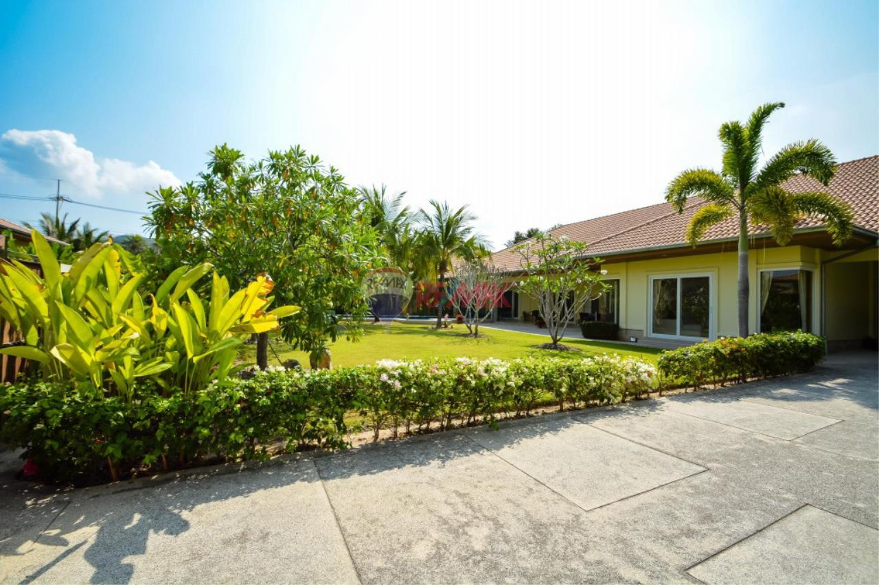 RE/MAX Harmony Agency's Hua Hin Pool Villa for sale 2