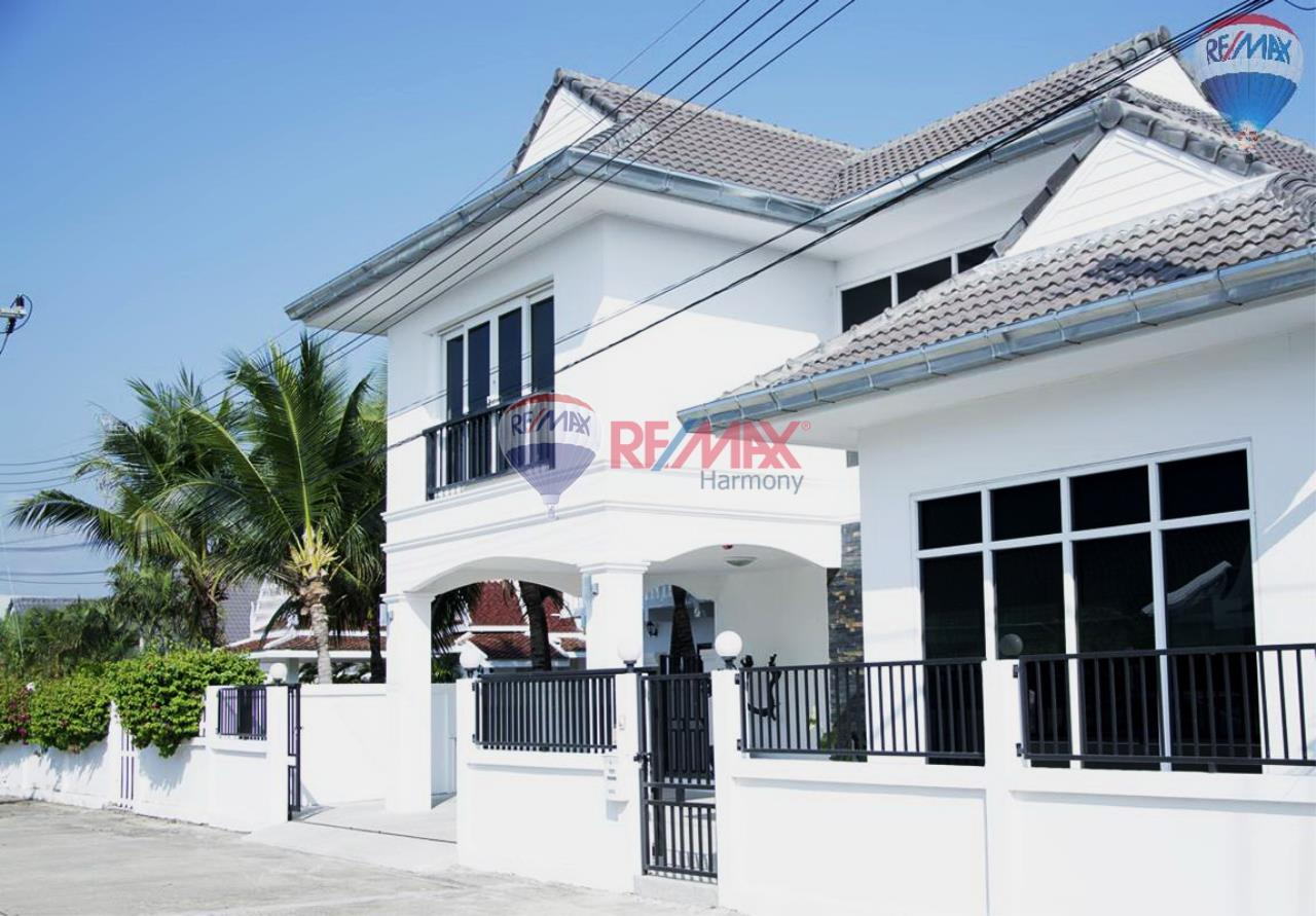 RE/MAX Harmony Agency's Villa 15
