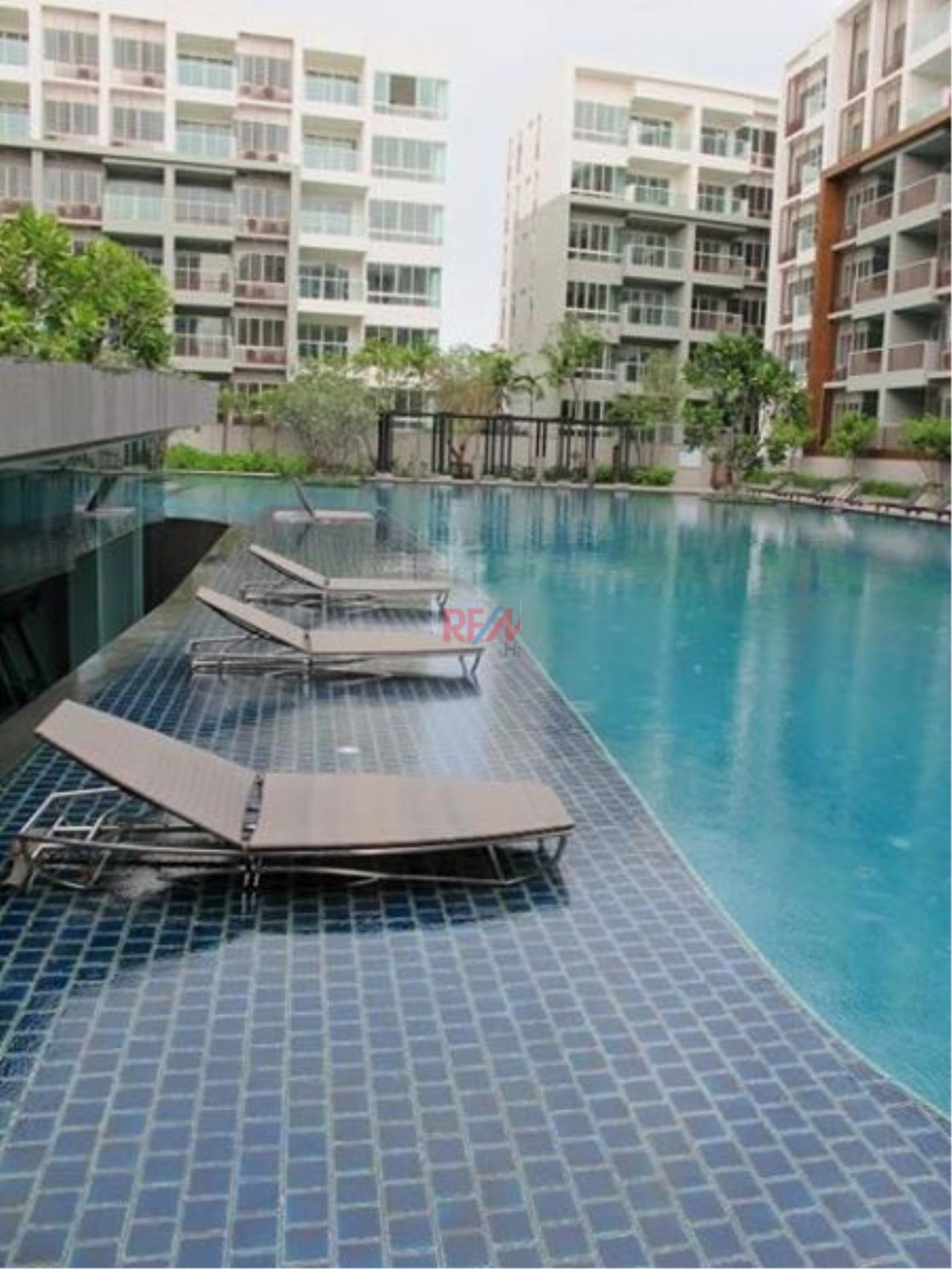 RE/MAX Harmony Agency's Seacraze Condo With Pool View For Sale  11
