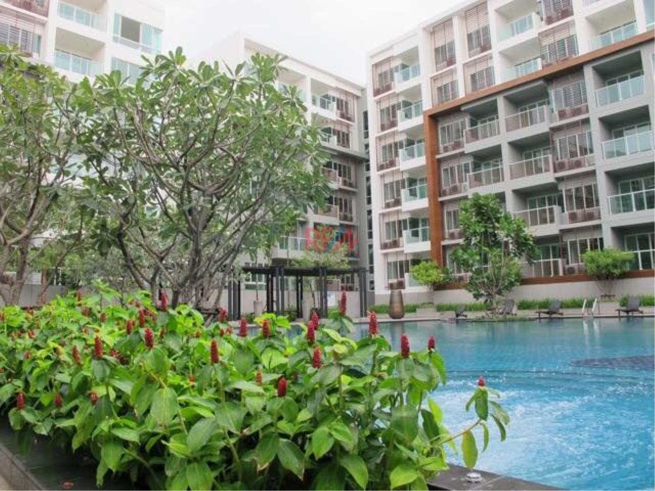 RE/MAX Harmony Agency's Seacraze Condo With Pool View For Sale  12
