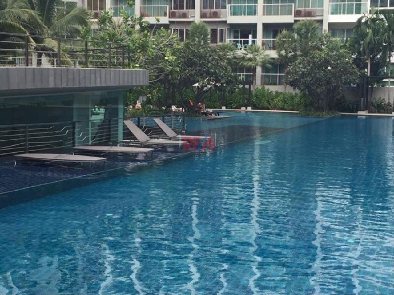 RE/MAX Harmony Agency's Seacraze Condo With Pool View For Sale  14