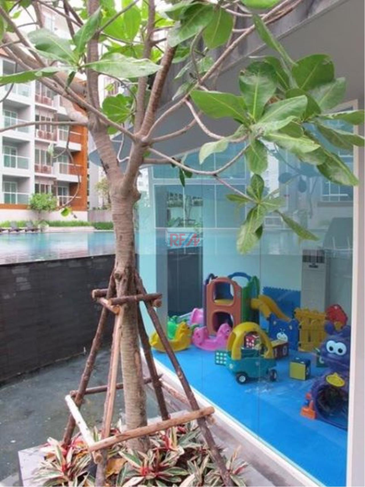 RE/MAX Harmony Agency's Seacraze Condo With Pool View For Sale  8