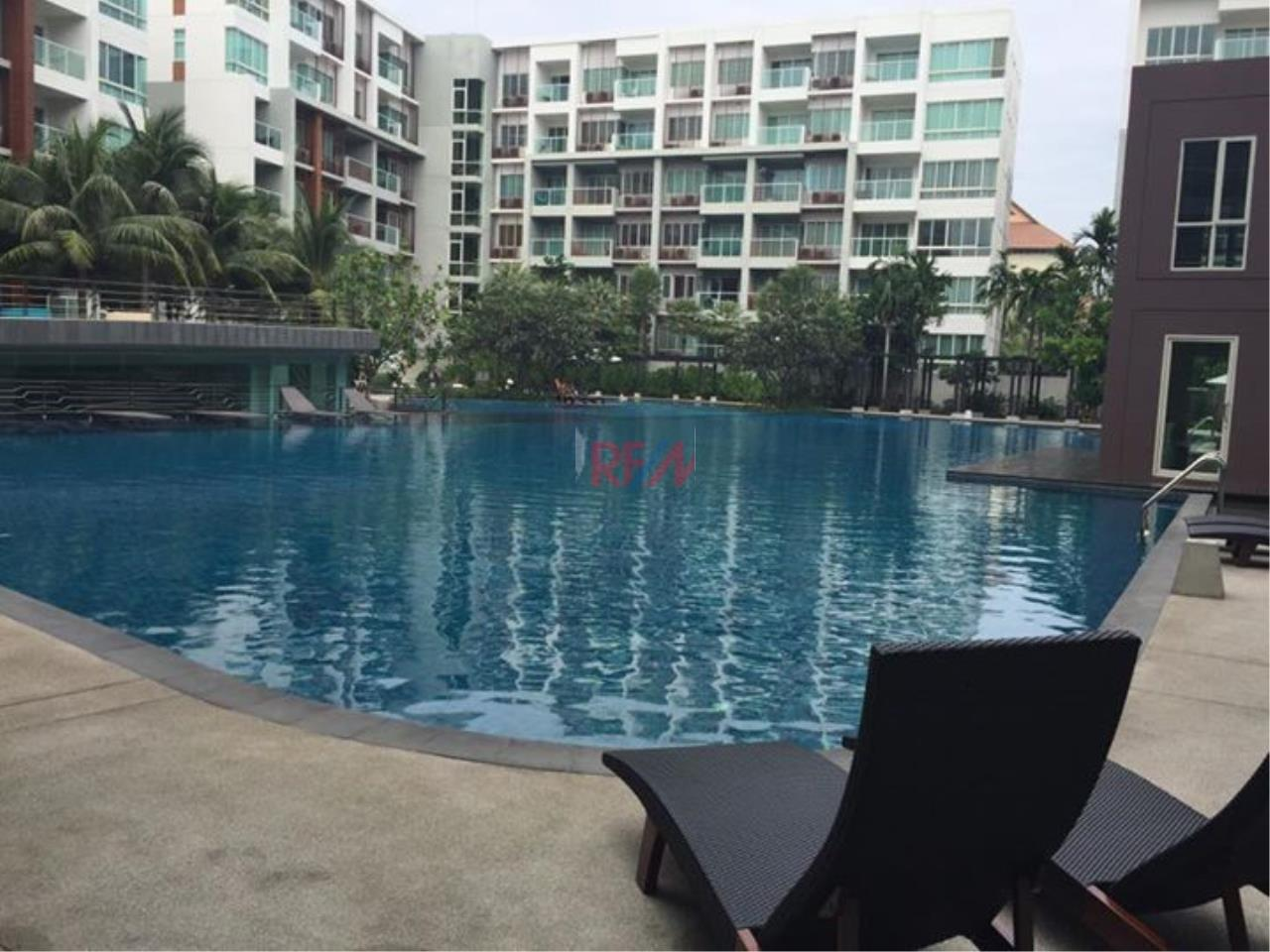 RE/MAX Harmony Agency's Seacraze Condo With Pool View For Sale  10