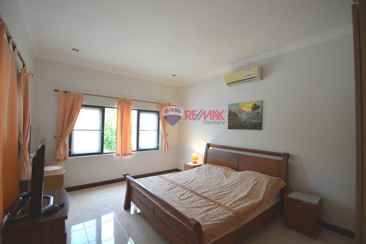RE/MAX Harmony Agency's Hua Hin Pool Villa for sale 9