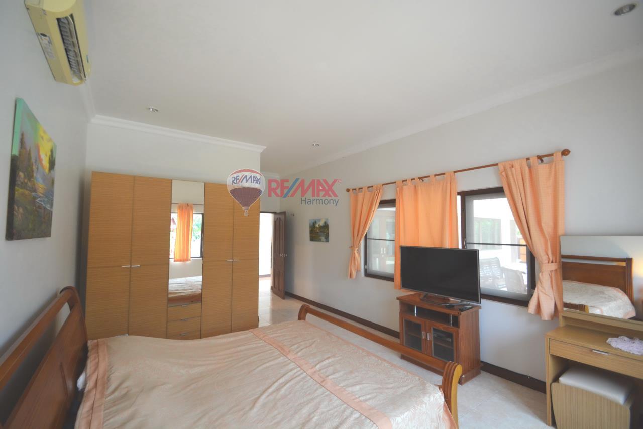 RE/MAX Harmony Agency's Hua Hin Pool Villa for sale 10