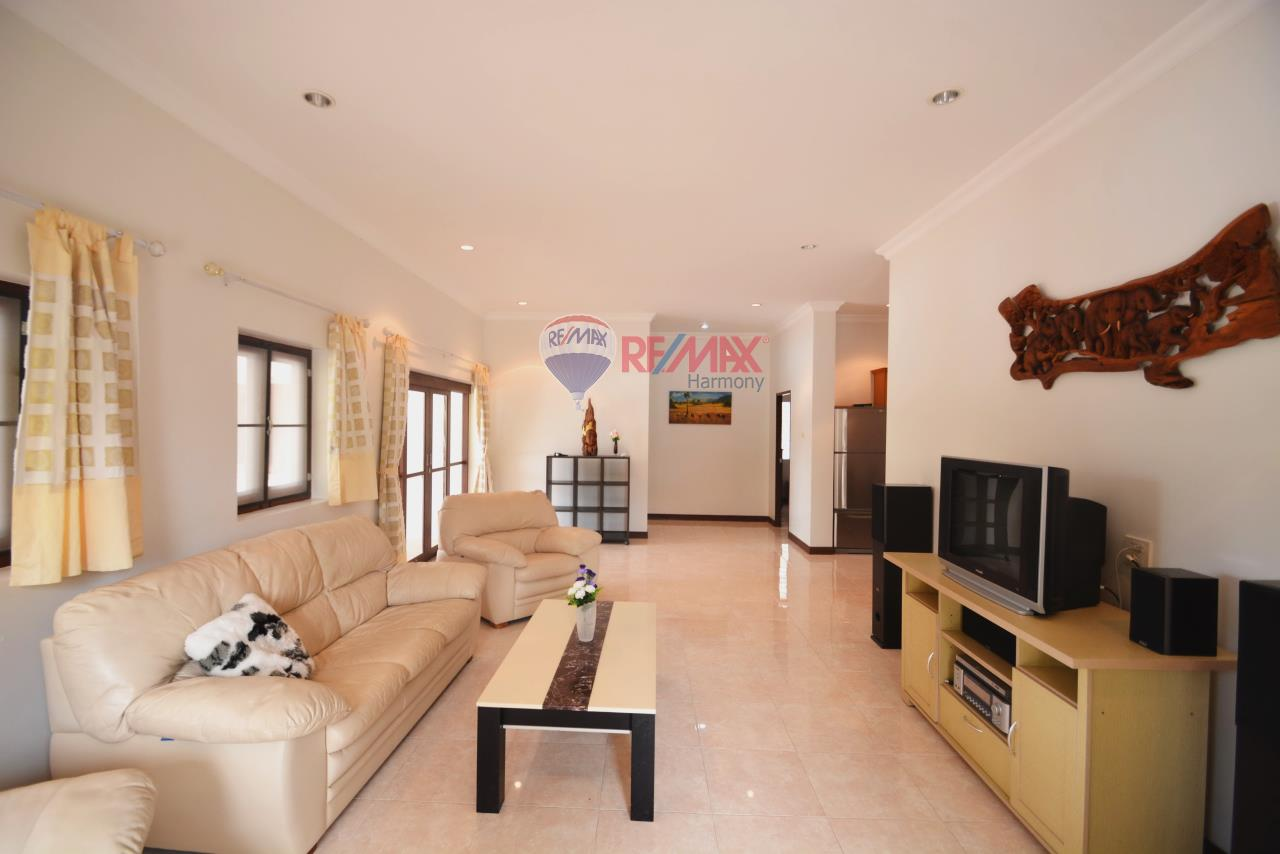 RE/MAX Harmony Agency's Hua Hin Pool Villa for sale 5