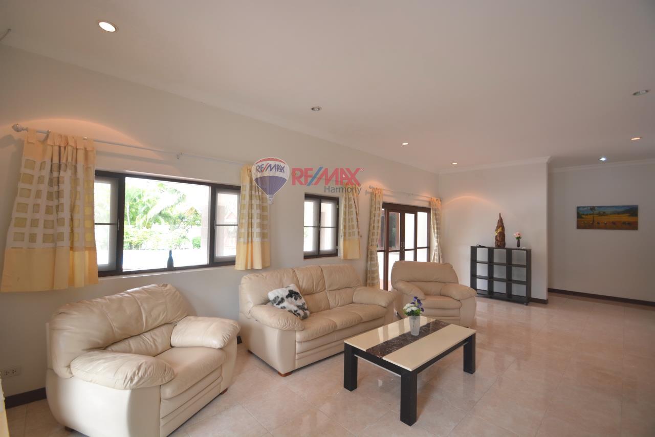 RE/MAX Harmony Agency's Hua Hin Pool Villa for sale 6