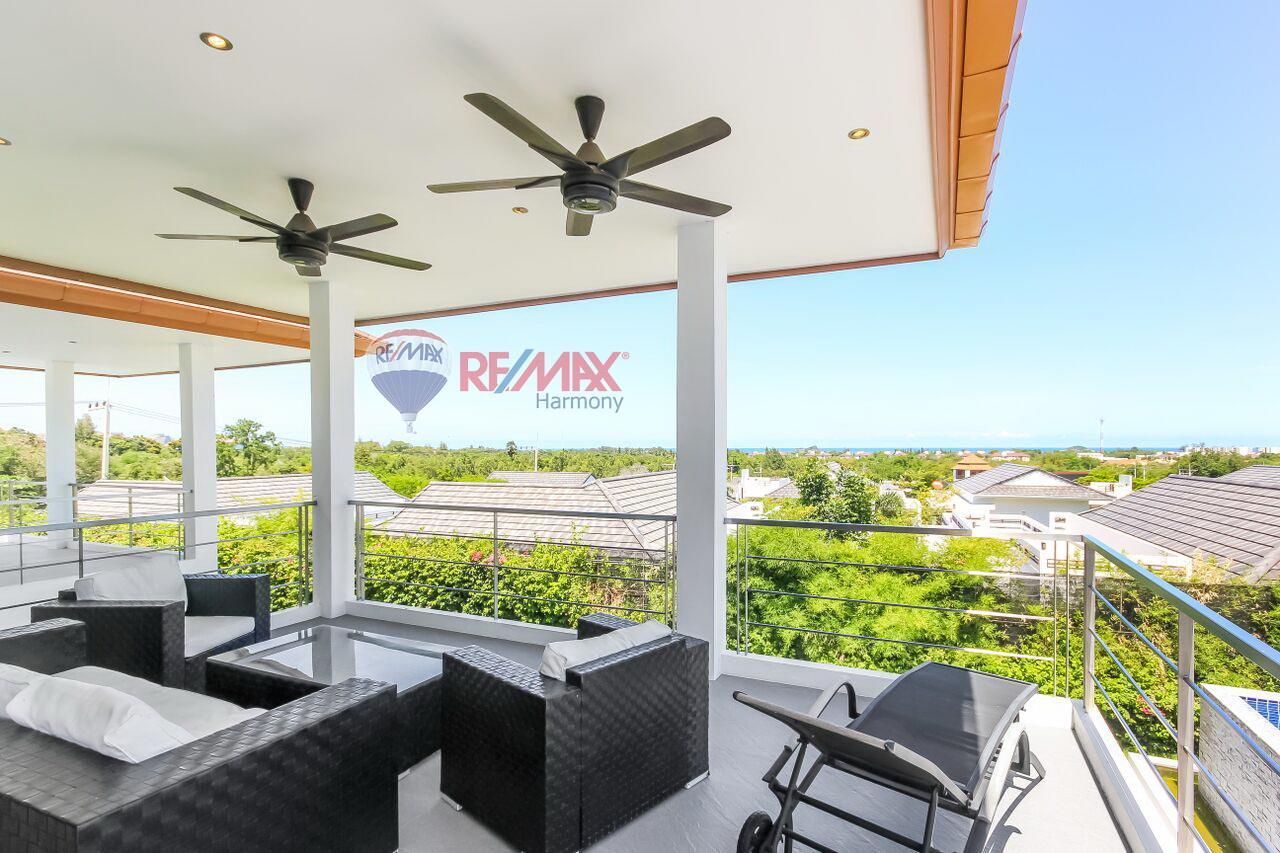 RE/MAX Harmony Agency's For Sale Pool Villa Hua Hin 5