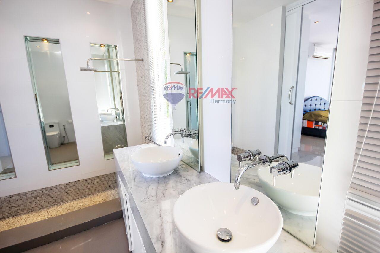 RE/MAX Harmony Agency's For Sale Pool Villa Hua Hin 14