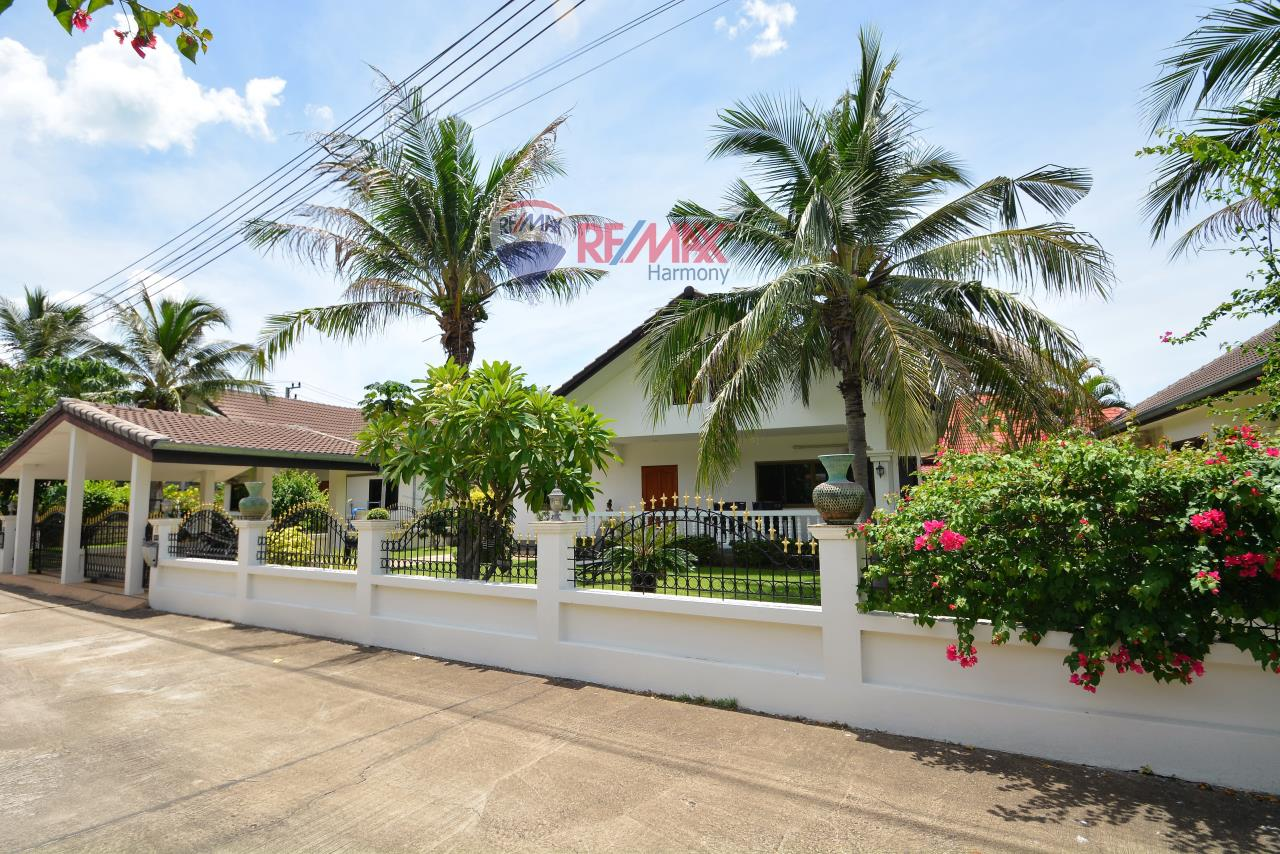RE/MAX Harmony Agency's Paradise Village Hua Hin 1