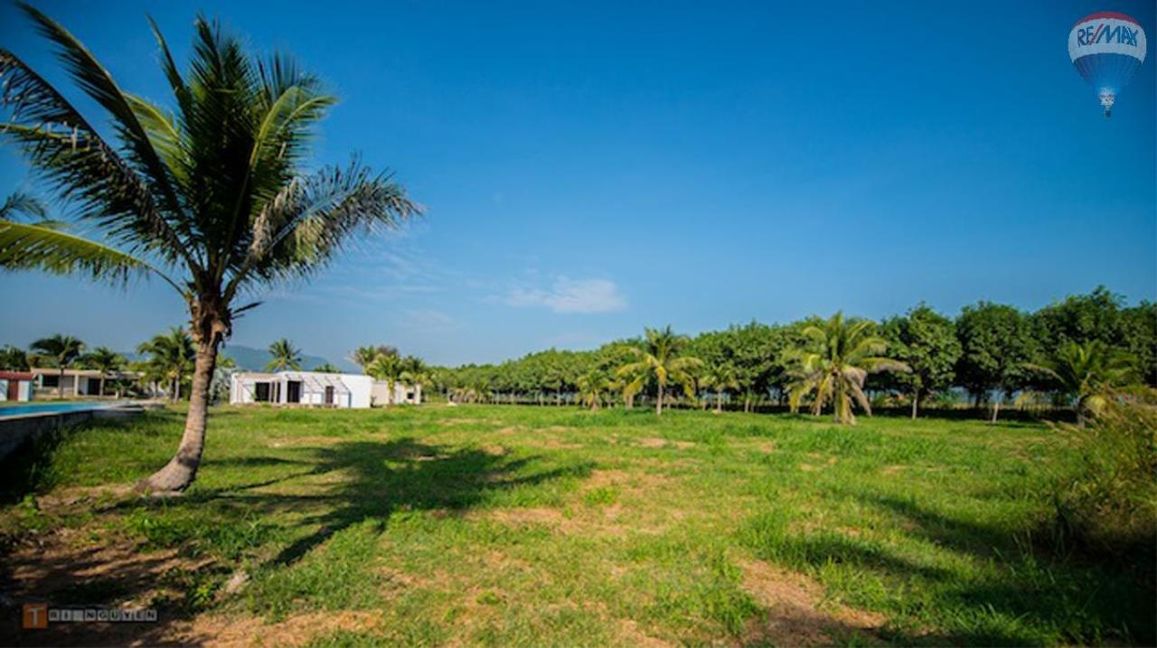 RE/MAX Harmony Agency's INVESTMENT OPPORTUNITY AT MANGO PARK LOCATED IN THE HUA HIN HILLS 1