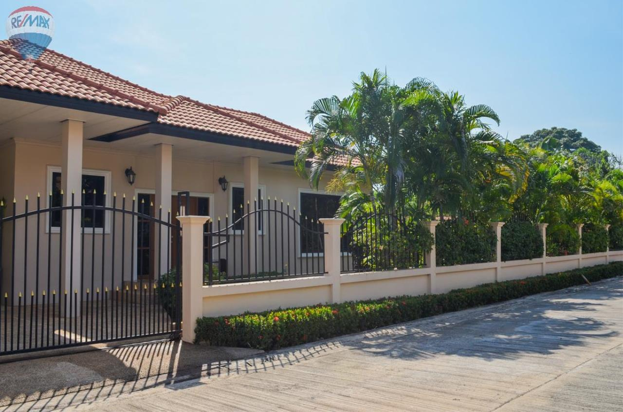 RE/MAX Harmony Agency's Tropical Pool Villa South Hua Hin. FOR RENT  2