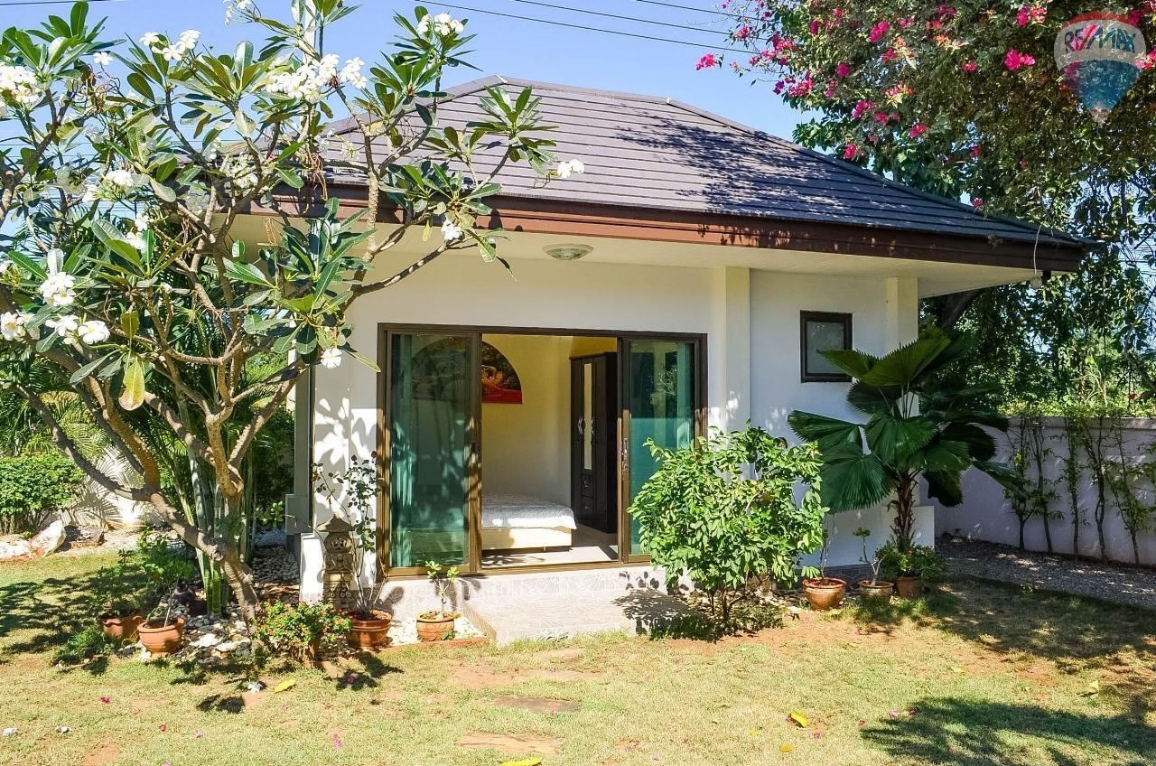 RE/MAX Harmony Agency's  Villa De la Sabai Sabai 32