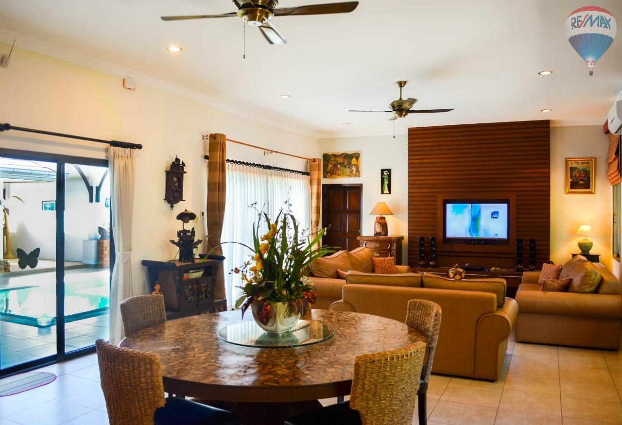 RE/MAX Harmony Agency's  Villa De la Sabai Sabai 7