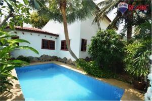RE/MAX Harmony Agency's Cozy Pool Villa Near Sai Noi Beach Hua Hin 1