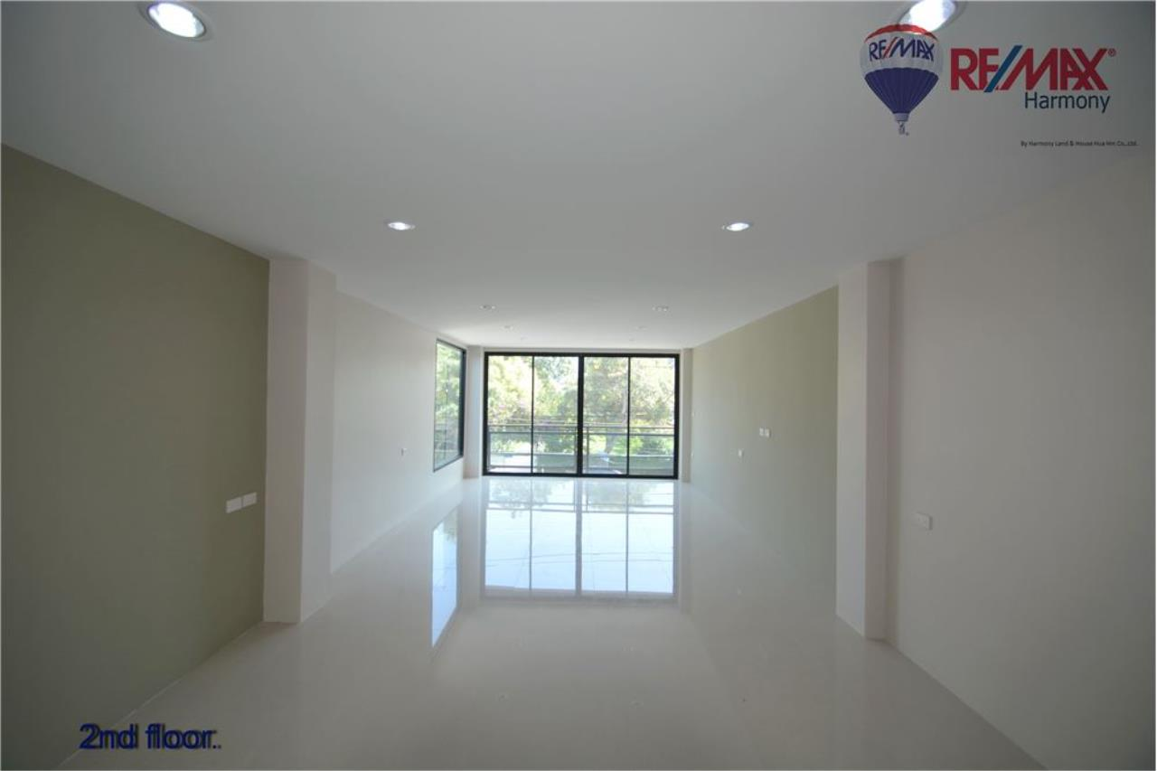 RE/MAX Harmony Agency's Commercial 4 Story # Sea View  Naeb Kae Haad 10