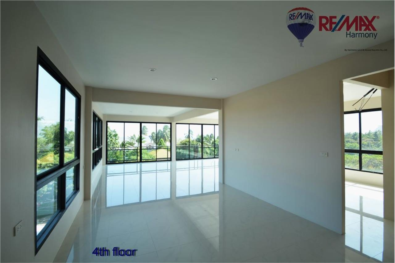 RE/MAX Harmony Agency's Commercial 4 Story # Sea View  Naeb Kae Haad 22