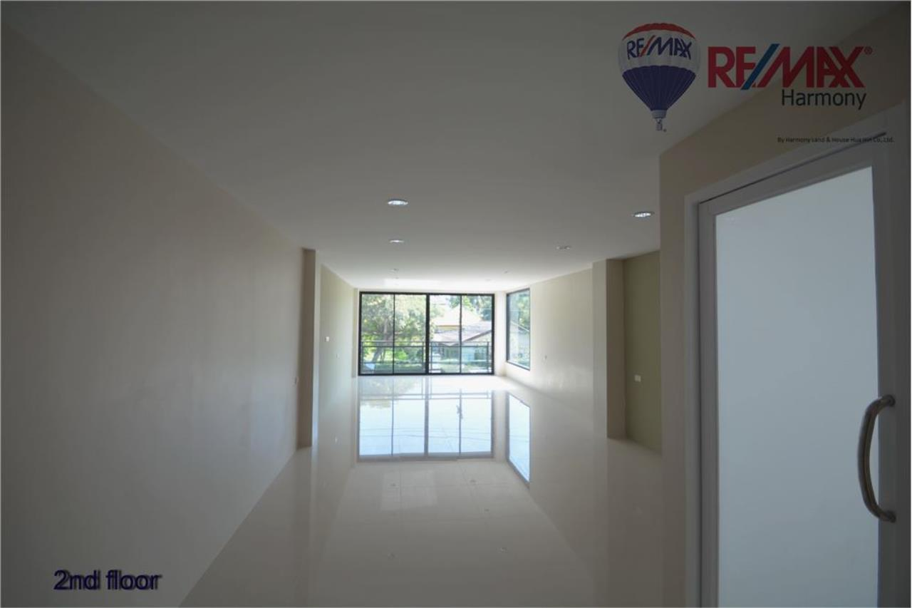 RE/MAX Harmony Agency's Commercial 4 Story # Sea View  Naeb Kae Haad 5