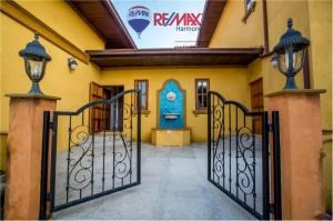 RE/MAX Harmony Agency's Villa Talay - Luxury Tuscan Sea View Villa 2