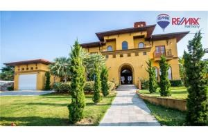 RE/MAX Harmony Agency's Villa Talay - Luxury Tuscan Sea View Villa 1