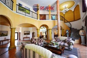 RE/MAX Harmony Agency's Villa Talay - Luxury Tuscan Sea View Villa 29