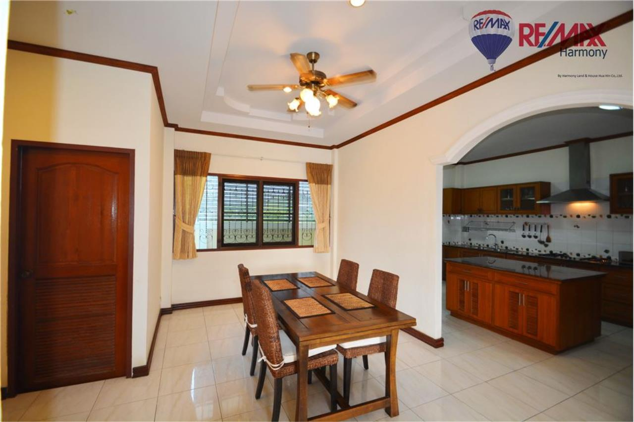 RE/MAX Harmony Agency's 4 bedrooms House Hua Hin Town 7
