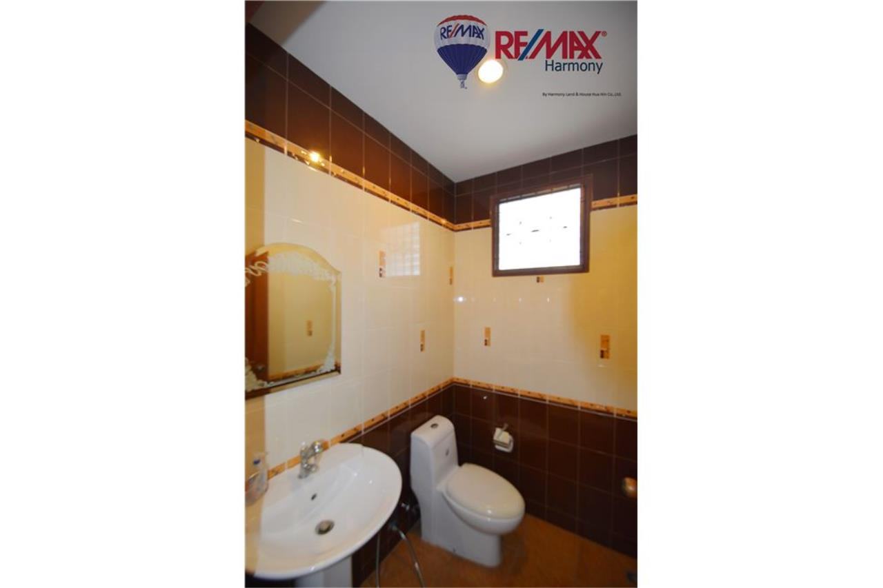 RE/MAX Harmony Agency's 4 bedrooms House Hua Hin Town 16