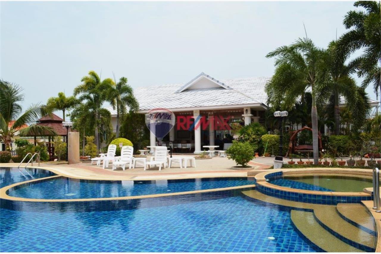 RE/MAX Harmony Agency's Cozy Villa Hua Hin Soi 10 18