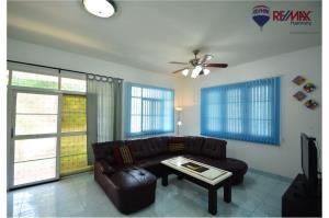 RE/MAX Harmony Agency's Cozy Villa Hua Hin Soi 10 3