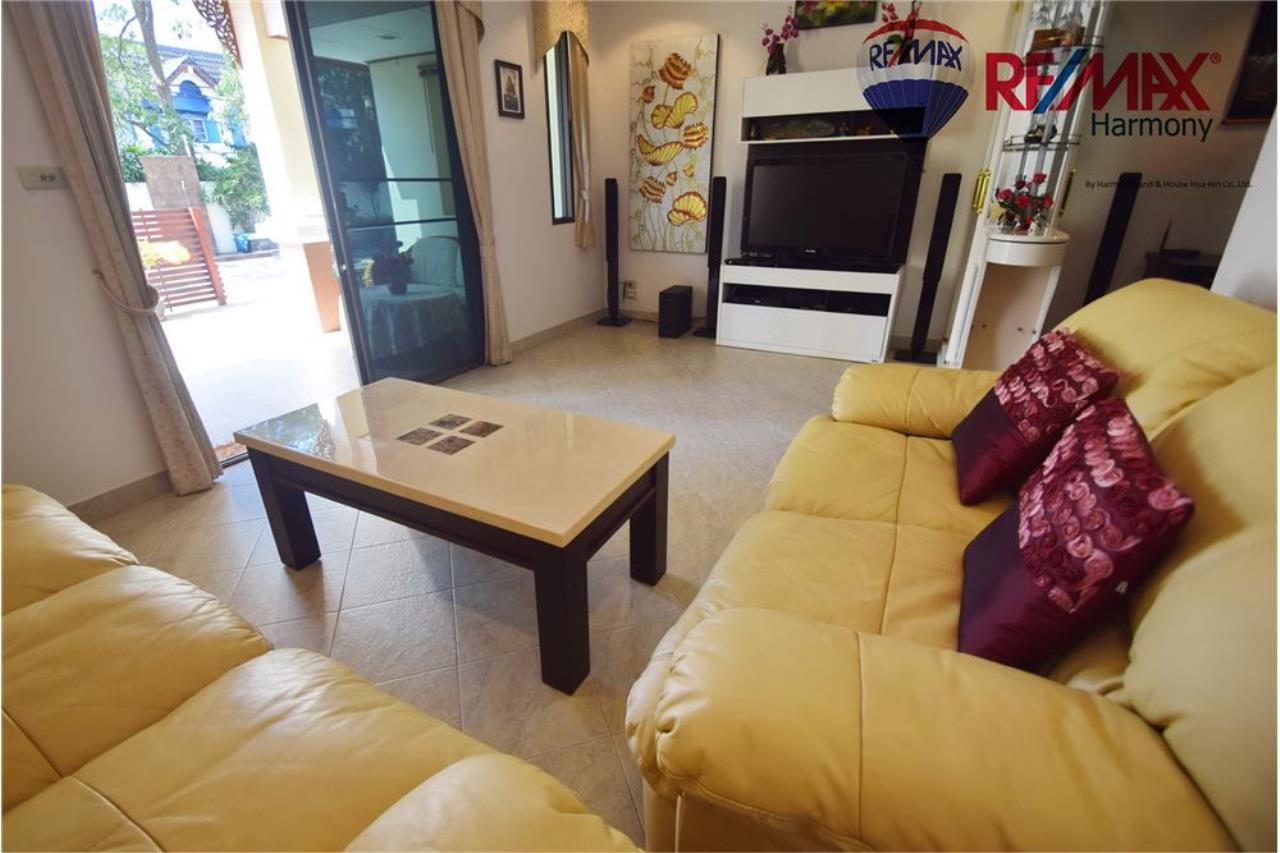 RE/MAX Harmony Agency's Unique Thai-style townhouse 200 m to the Cha Am Beach 5