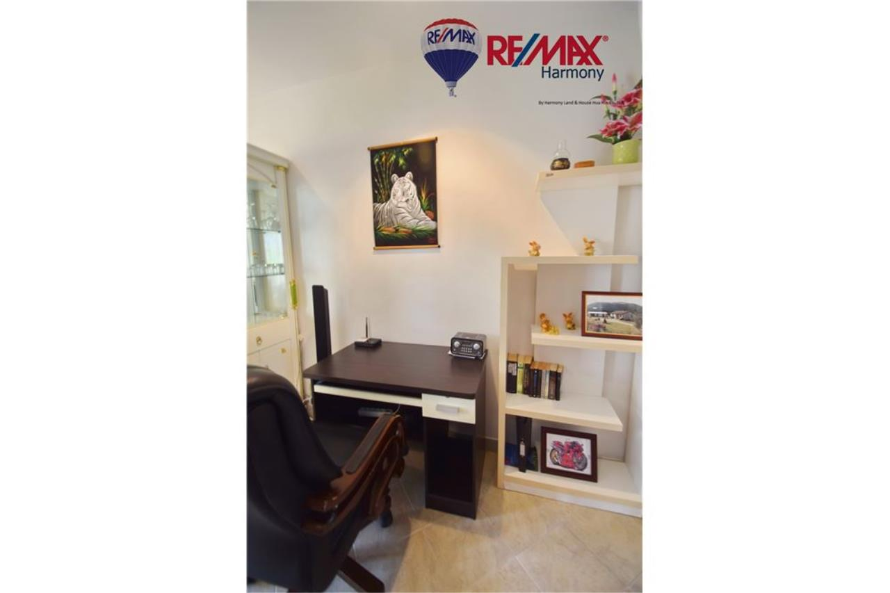 RE/MAX Harmony Agency's Unique Thai-style townhouse 200 m to the Cha Am Beach 7