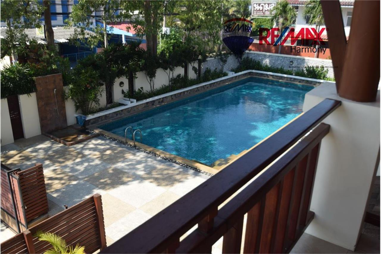 RE/MAX Harmony Agency's Unique Thai-style townhouse 200 m to the Cha Am Beach 16