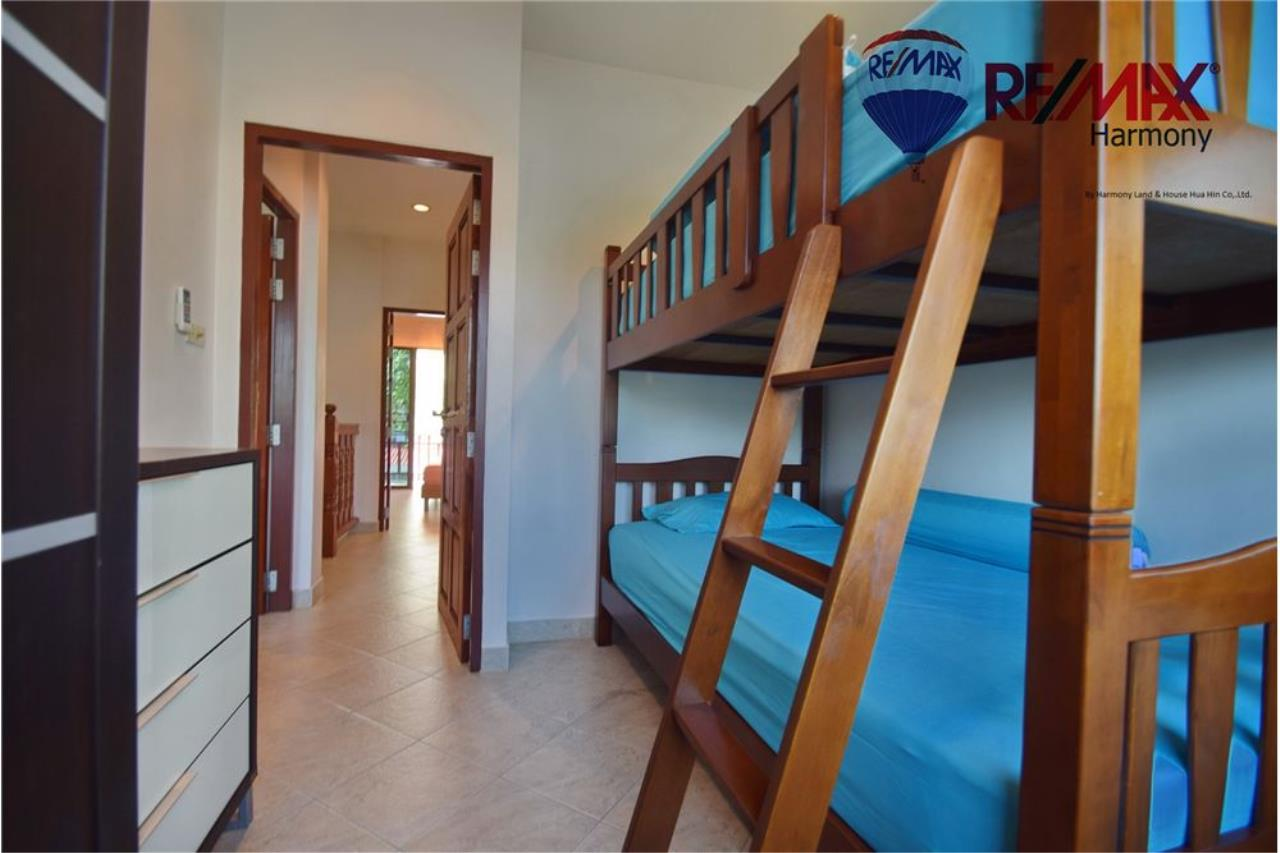 RE/MAX Harmony Agency's Unique Thai-style townhouse 200 m to the Cha Am Beach 21