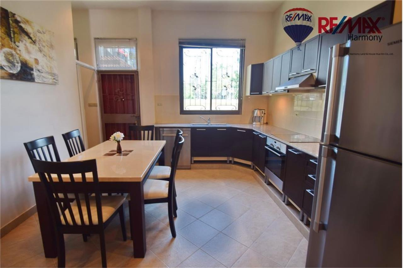 RE/MAX Harmony Agency's Unique Thai-style townhouse 200 m to the Cha Am Beach 9